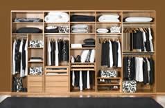 Especialistas en rinconeras armarios creamos armarios - Distribucion de armarios ...